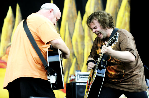 FREE Tenacious D NEW songs from 2010 Bonnaroo